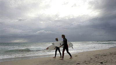 surfers-gray-skies.jpg