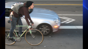 Gov. Brown Signs Law Requiring Cars Give Bikes 3 Feet of Clearance