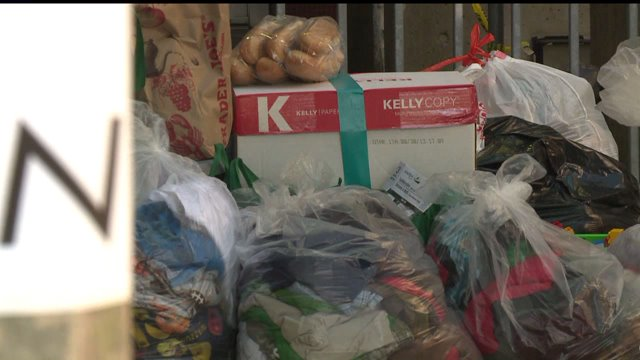 San Diegans Donate Toiletries And Clothes For Migrant Families