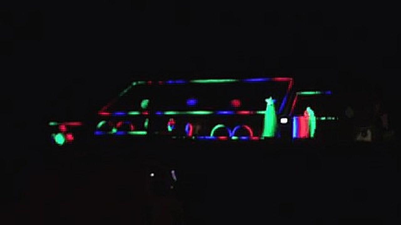 Local dad brightens up neighborhood with 4K-light display