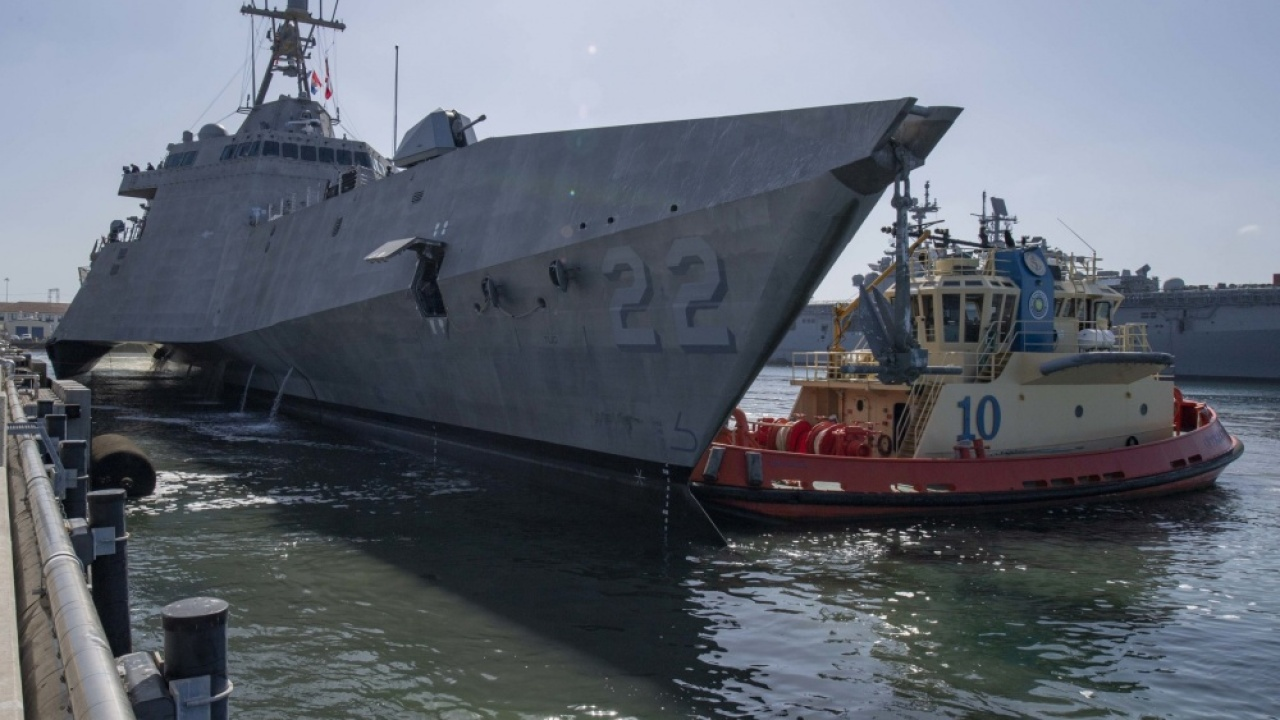 New combat ship, the future USS Kansas City, arrives in San Diego