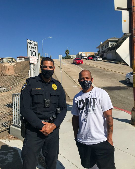 San Diego police officer challenges dad to foot race