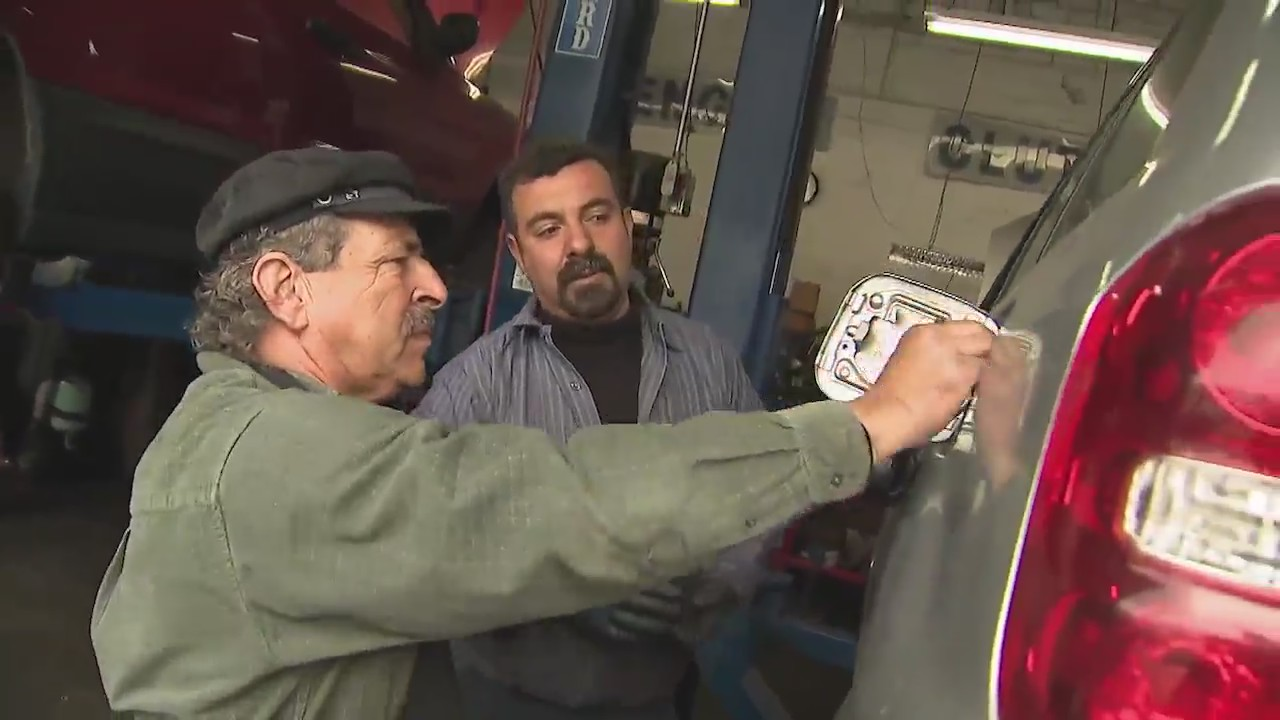 Mobile mechanic service comes to you | FOX 5 San Diego